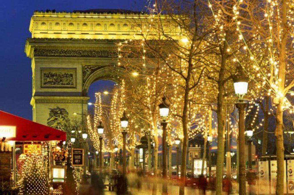 Новый год в Париже! Берлин - Амстердам - Париж (2 дня) - Диснейленд* - Дрезден - Вроцлав*