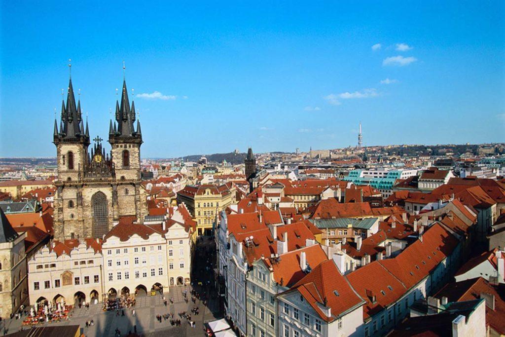 Прага авиатур